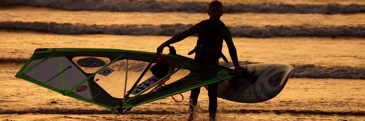 Windsurfing lessons in Moulay Bouzerktoun